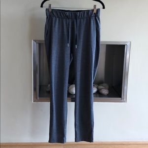 """Lululemon on the fly 7/8 pant 27"""" charcoal gray 4"""